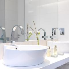 Bathroom_Detail1